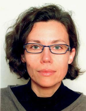 Dr. sc. humanističkih znanosti, polje filologija Kristina Katalinić, 1975, znanstvena novakinja - asistentica na Katedri za hungarologiju Filozofskog fakulteta u Zagrebu