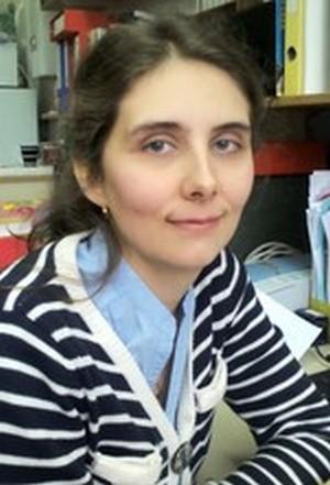 Dr. sc. Lidija Androš Dubraja, 1985.,- viši asistent na Zavodu za kemiju materijala na Institutu Ruđer Bošković u Zagrebu