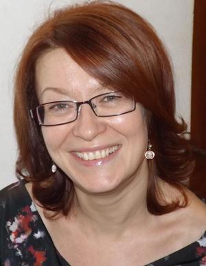 Dr. sc. prehrambene tehnologije Sandra Budžaki, rođ. Babel, 1974, izvanredni profesor na Prehrambeno-tehnološkom fakultetu u Osijeku