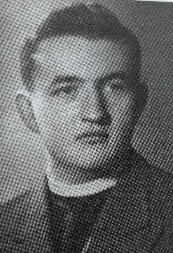 Dr. sc. teoloških znanosti Ivan Kopić (1926-1982), svećenik, profesor i gener. prefekt na biskupskom liceju, profesor dogmatike, tajnik i rector VBŠ u Đakovu, prebendar Đakovačke biskupije, politički uznik (1959.-1962)